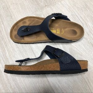 BIRKENSTOCK Gizeh Navy Blue Thong Sandals